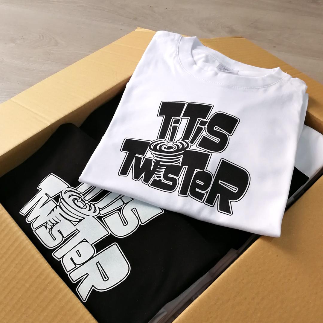 Camisetas para las Titis Twistter.